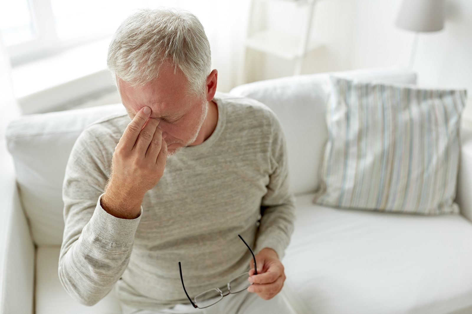 About Migraine Symptoms, Causes and Treatments